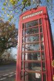 Engelse plattelands rode telefooncel Royalty-vrije Stock Foto