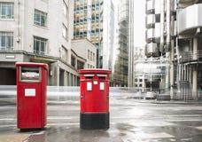 Engelse stijlbrievenbussen Stock Fotografie
