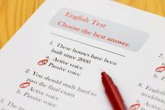 Engelse test aangaande bureau Royalty-vrije Stock Afbeelding
