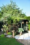Engelse tuinscène royalty-vrije stock afbeeldingen