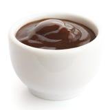 Engelsk brun sås i liten vit maträtt Royaltyfri Fotografi