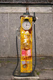 engelsk danad gammal petrolpump för bensin Royaltyfri Foto