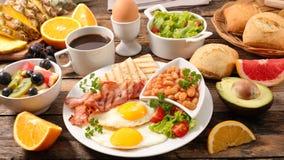 Engelsk frukostsammansättning royaltyfria foton