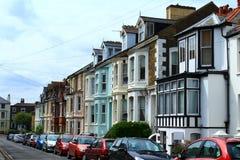Engelsk gata terrasserade hus Royaltyfria Bilder