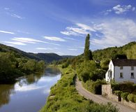 engelsk gloucestershiremonmouthshireRiver Valley wales wye Royaltyfria Bilder