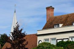 Engelsk landshus och kyrka Royaltyfria Foton