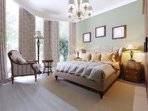 Engelsk-stil sovrum med en stor mjuk tygsäng Nattduksbord med lampor Stor garderob och skänk med spegeln vektor illustrationer