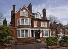 engelskt hus Arkivbilder