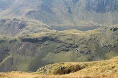 Engelskt landskap för sjöområdesCumbria berg Royaltyfria Bilder