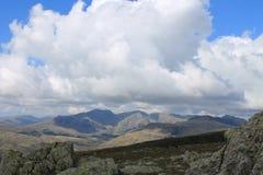 Engelskt landskap för sjöområdesCumbria berg Royaltyfria Foton