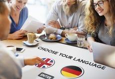 Engelskt tyskt begrepp för språkordbok arkivbild