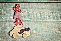 Engendrez le jour du ` s, jour heureux du ` s de père, voiture de jouet, coeurs, l'espace de copie, images stock