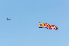 Engine airplane with banners Proposed referendum on United Kingd Stock Images