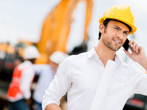 Engineer talking on the phone Royalty Free Stock Photography