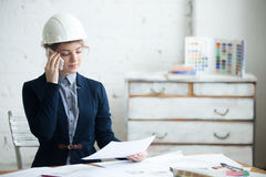 Engineer Woman On Phone Royalty Free Stock Photography