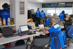 Engineers working in the pits of the race. LE CASTELLET, FRANCE, April 7, 2018 : Racing cars and teams during the training sessions for World Endurance Car Royalty Free Stock Image