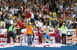 England feiert, nachdem es gegen Schweden gezählt hat Stockfotografie
