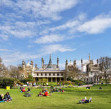 England - Tourists Visiting The Royal Pavilion Stock Photos