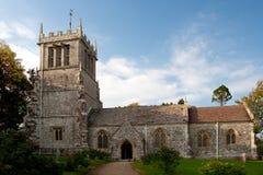 Englische Land-Kirche stockfotografie