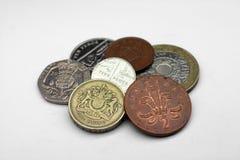 Englische Münzen, Großbritannien Stockbilder