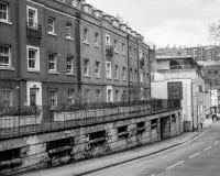 Englische Reihenhäuser auf St. George Road Stockbild