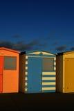 Englische Strand-Hütten Stockfoto