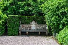 Englischer allgemeiner Garten im Sommer Lizenzfreie Stockbilder