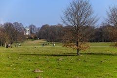 Englischer Garten i vår Royaltyfria Bilder