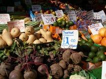Englischer Marktfruchtstall Lizenzfreies Stockfoto