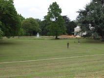 Englischer Park Parks Londons Gunnersbury Landschafts lizenzfreies stockfoto