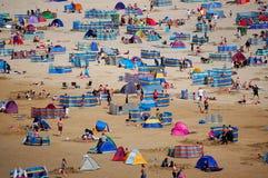 Englischer Strand am Sommer lizenzfreies stockfoto