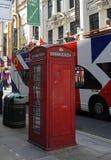 Englischer Telefonkasten Lizenzfreie Stockfotografie