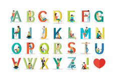 Englisches Alphabet mit Menschen-Gebrauchs-moderner Technologie Vektor Abbildung