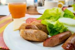 Englisches Frühstück in der niedrigen Schärfentiefe stockfotos