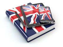 Englisches Lernen Tragbare Geräte, Smartphone, Tabletten-PC und Buch Lizenzfreie Stockfotos