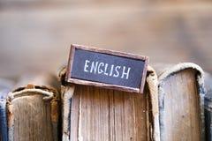 Englischtag und alte Weinlesebücher Lizenzfreie Stockbilder