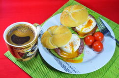 English breakfast. Poached egg on toasted English muffin Royalty Free Stock Photography