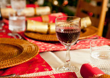 English Christmas table with crackers Royalty Free Stock Photography