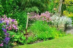 Free English Country Garden Royalty Free Stock Photos - 56428828