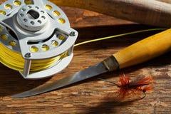 Engranaje de la pesca con mosca Fotografía de archivo libre de regalías