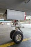Engranaje principal de los aviones Imágenes de archivo libres de regalías
