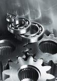 Engranajes de acero en el tono de plata Fotos de archivo