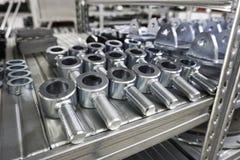 Engranajes mecánicos en metal en casa de la tienda Fotografía de archivo