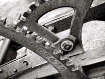 Engranajes y palancas en el arado viejo Imagen de archivo