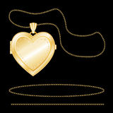 engraved gold heart locket 免版税图库摄影