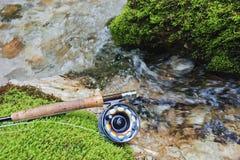 Engrenagem de pesca da mosca Foto de Stock