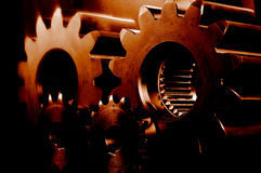 Engrenagens ardentes encarnados Fotografia de Stock Royalty Free