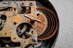 Engrenagens e rodas denteadas velhas fotografia de stock royalty free