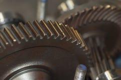 Engrenagens, motor macro e rodas denteadas Fotos de Stock