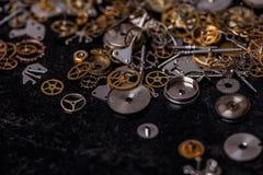 Engrenagens na tabela Foto de Stock Royalty Free